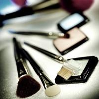 Уроки макияжа для новичков: виды и выбор кистей