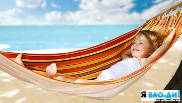 Как оздоровить ребенка летом?