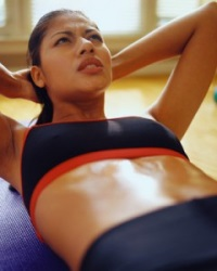 Какими упражнениями можно убрать живот: нагрузка плюс питание