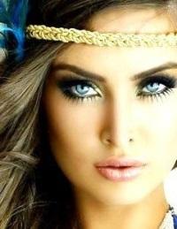 Макияж для голубых глаз: магия взгляда