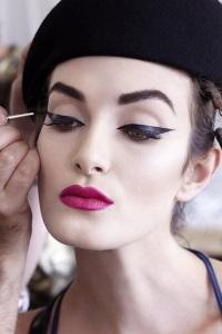 Макияж глаз – стрелки: сексуальный макияж на каждый день