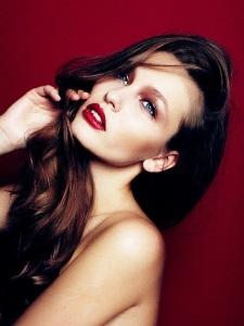 Макияж глаз для брюнеток: индивидуальный подход